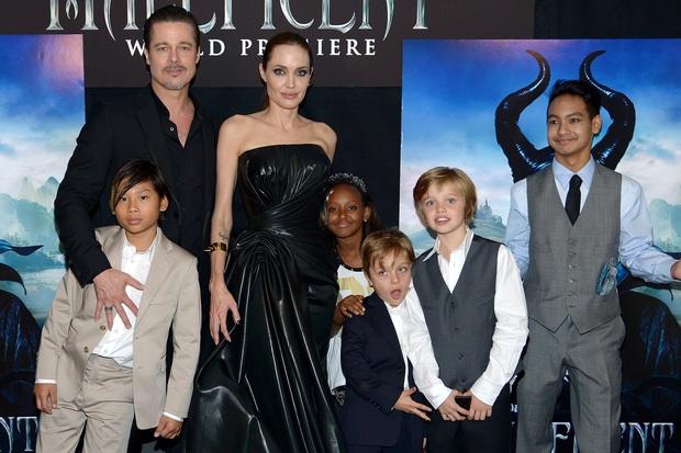 Bị đồn ghen lồng lộn đến mức cấm Brad Pitt gặp con, Angelina Jolie bỗng có động thái bất ngờ - Ảnh 1.