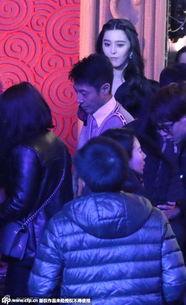 Muôn kiểu mỹ nhân châu Á bị tránh như tránh tà: Suzy - Irene đẹp quá khó gần, Phạm Băng Băng và Seohyun bị phũ đến khổ - Ảnh 22.