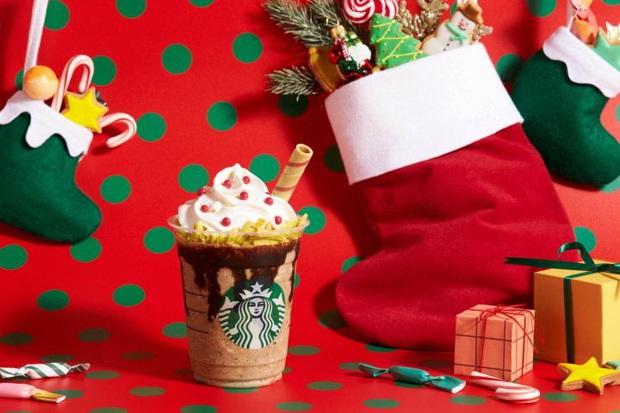 Starbucks Nhật Bản chào làng thức uống Giáng sinh với cái tên không thể dị hơn: Đôi boots của ông già Noel - Ảnh 3.