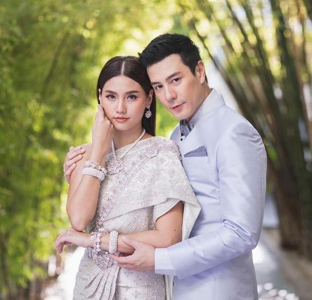 Showbiz Thái 2019: Chảo lửa lùm xùm sao tử vong bí ẩn đến ngoại tình và cái kết viên mãn với loạt bom tấn gây bão châu Á - Ảnh 30.