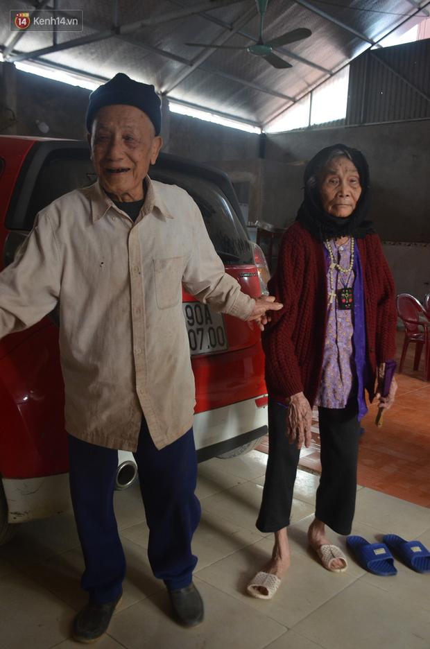 """Về xã """"trường thọ"""" Hà Nam để nghe những câu chuyện tình của các cụ 100 tuổi, hằng ngày vẫn đi bộ cả cây số - Ảnh 6."""