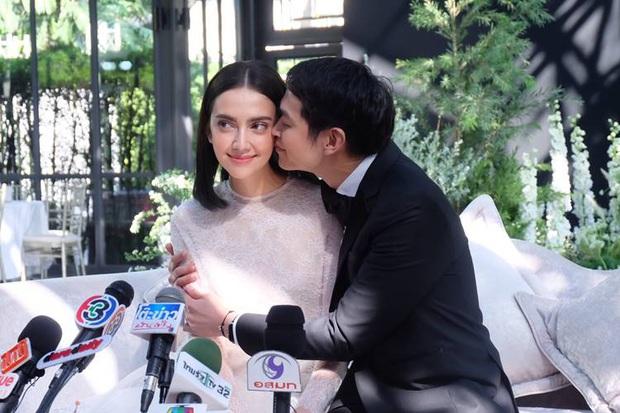 5 hôn lễ hot nhất showbiz Thái 2019: Ác nữ Tình yêu không có lỗi mê hồn, đám cưới sao đồng tính Chiếc lá bay gây sốt - Ảnh 7.