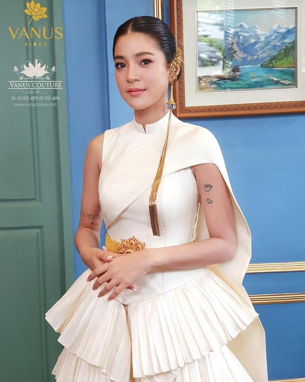 5 hôn lễ hot nhất showbiz Thái 2019: Ác nữ Tình yêu không có lỗi mê hồn, đám cưới sao đồng tính Chiếc lá bay gây sốt - Ảnh 15.