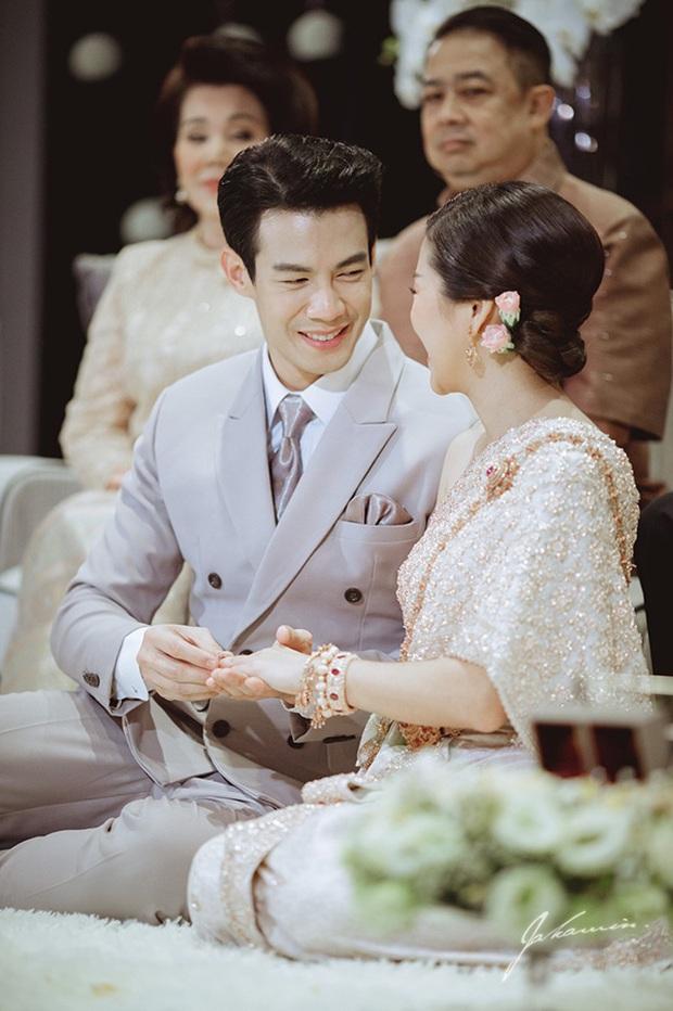5 hôn lễ hot nhất showbiz Thái 2019: Ác nữ Tình yêu không có lỗi mê hồn, đám cưới sao đồng tính Chiếc lá bay gây sốt - Ảnh 26.