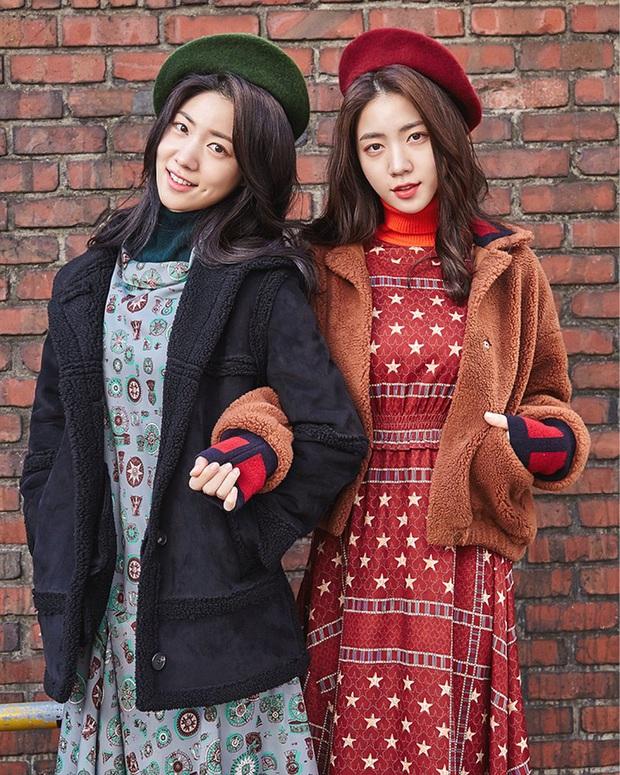 5 cặp sinh đôi nổi tiếng nhất Kbiz: Chị em Hwayoung bị gắn mác rắn độc, Junsu không hot bằng anh em nhóm Boyfriend - Ảnh 1.