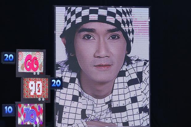 Các nghệ sĩ xúc động bật khóc khi nhìn thấy hình ảnh cố nghệ sĩ Minh Thuận tại Ký ức vui vẻ - Ảnh 1.