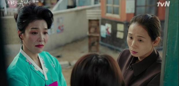 Chết cười với Son Ye Jin đi nịnh nọt mama tổng quản, kiếm mối cho Hyun Bin thăng chức ở Tình Yêu Hạ Cánh - Ảnh 2.