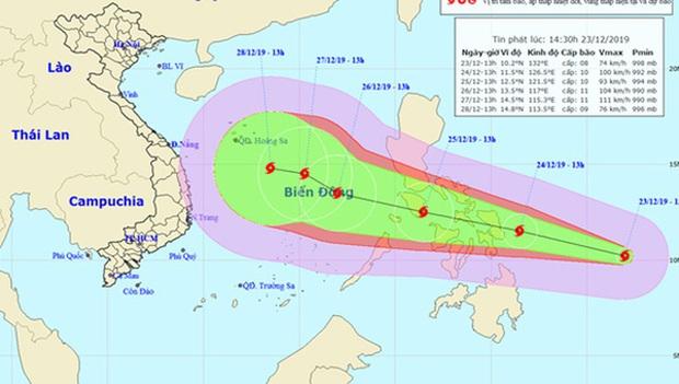 Bão PHANFONE giật cấp 13 sầm sập hướng vào biển Đông thời điểm cuối năm - Ảnh 1.