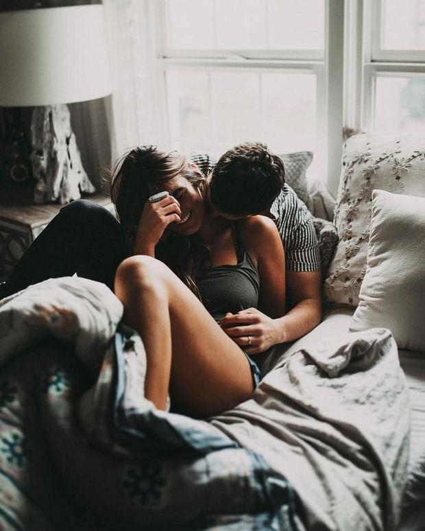 Trong lúc ái ân, phụ nữ cần hạn chế để chồng chạm vào 6 bộ phận này kẻo có ngày nhập viện vì bệnh tật - Ảnh 2.