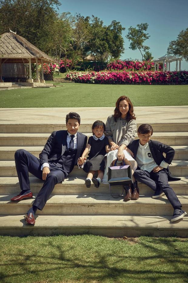 Kwon Sang Woo và vợ Hoa hậu đúng là cặp vợ chồng đẹp nhất thập kỷ, cưới 11 năm vẫn đùa vui, dính nhau như hồi mới yêu - Ảnh 5.