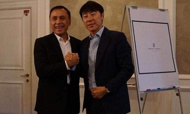 Hậu bối của HLV Park Hang-seo chấp nhận điều khoản khó tin để tới Indonesia làm việc - Ảnh 2.