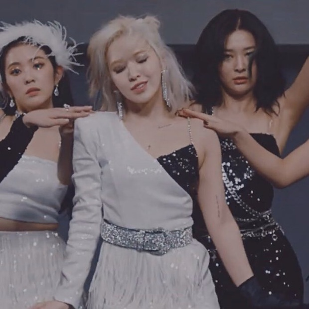 Wendy (Red Velvet) gây sốt vì loạt tha thu cực chất trong MV Psycho, ai ngờ sự thật lại khiến fan... chưng hửng - Ảnh 3.