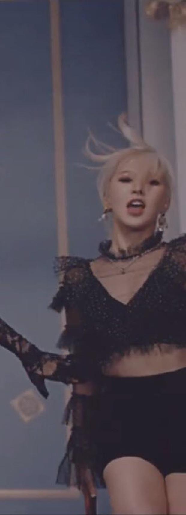Wendy (Red Velvet) gây sốt vì loạt tha thu cực chất trong MV Psycho, ai ngờ sự thật lại khiến fan... chưng hửng - Ảnh 10.