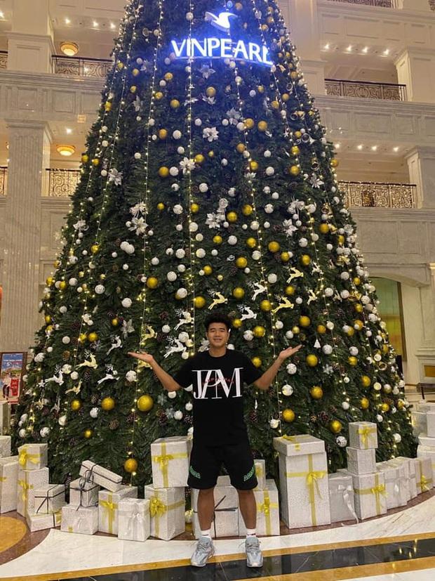 Quang Hải, Đức Chinh cùng gửi lời chúc Giáng sinh, fan lại soi ra hai chàng viết giống nhau đến từng dấu phẩy - Ảnh 3.