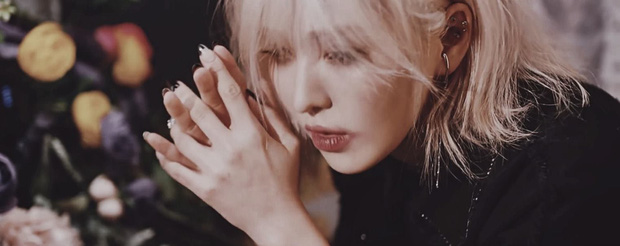 Loạt thuyết âm mưu thuyết phục cho thấy Psycho tiếp tục ẩn ý tình yêu đồng giới của Red Velvet kéo dài từ MV Bad boy? - Ảnh 13.
