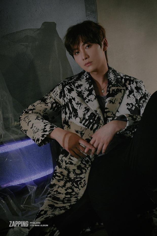 Thêm 1 nhóm nhạc Kpop thế hệ 2 đình đám sắp toang: Kẻ vào tù, người lấy vợ sinh con, giờ thêm thành viên rời nhóm - Ảnh 2.