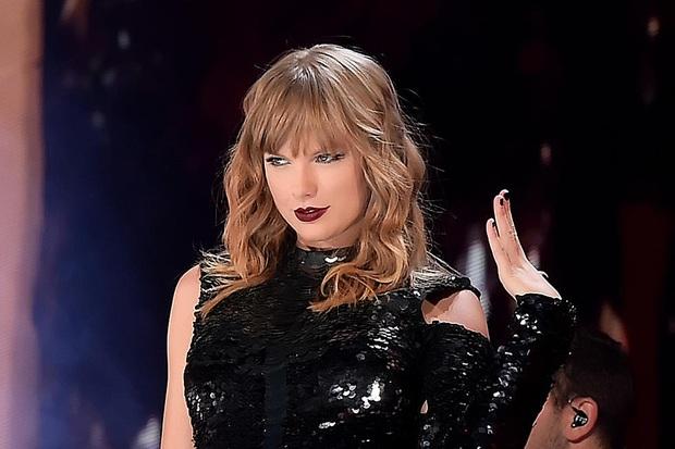Top 10 sao cá kiếm đỉnh nhất thập kỷ qua: Taylor Swift ôm tận 18 nghìn tỷ nhưng vẫn chưa phải đỉnh nhất - Ảnh 2.