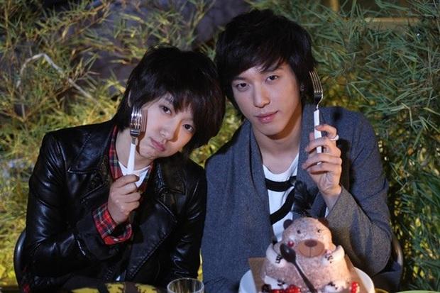 Phát hoảng trước tuổi nghề của loạt diễn viên Hàn: Lee Min Ho lăn lộn 16 năm, Yoo Seung Ho ngót 2 thập kỉ - Ảnh 6.