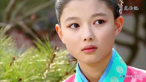 Phát hoảng trước tuổi nghề của loạt diễn viên Hàn: Lee Min Ho lăn lộn 16 năm, Yoo Seung Ho ngót 2 thập kỉ - Ảnh 20.