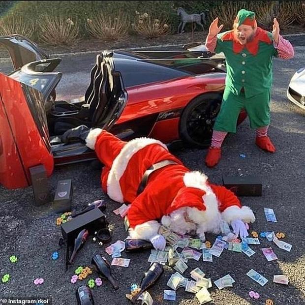 Hội rich kid đua nhau khoe ảnh Giáng sinh xa xỉ với phi cơ riêng, siêu xe và đồ hiệu, khiến ai nấy đều lác mắt vì độ giàu có - Ảnh 1.