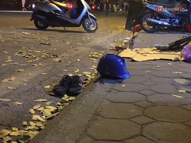 Nhìn lại những vụ TNGT kinh hoàng năm 2019: Nữ lao công chết thảm trên đường Láng Hạ, 15 người thương vong trên đường viếng nghĩa trang - Ảnh 17.
