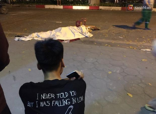 Nhìn lại những vụ TNGT kinh hoàng năm 2019: Nữ lao công chết thảm trên đường Láng Hạ, 15 người thương vong trên đường viếng nghĩa trang - Ảnh 18.