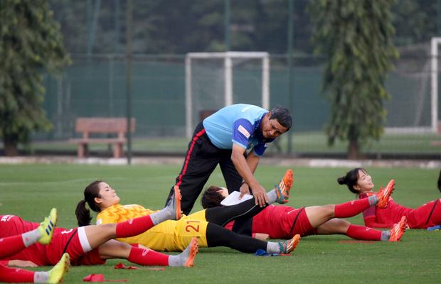 Tiền thưởng chưa đến tay, các tuyển thủ nữ Việt Nam vẫn lao vào tập luyện giữa trời giá lạnh chuẩn bị cho vòng loại 3 Olympic Tokyo 2020 - Ảnh 9.