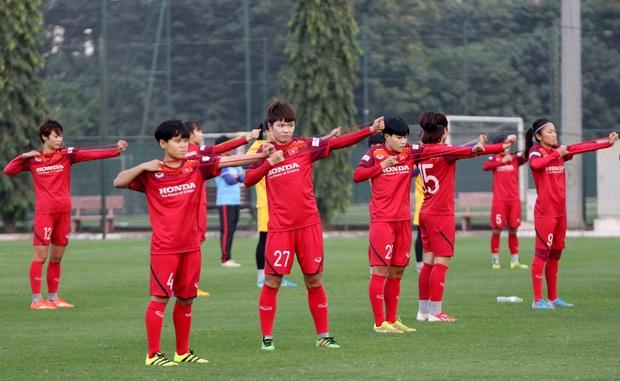 Tiền thưởng chưa đến tay, các tuyển thủ nữ Việt Nam vẫn lao vào tập luyện giữa trời giá lạnh chuẩn bị cho vòng loại 3 Olympic Tokyo 2020 - Ảnh 13.