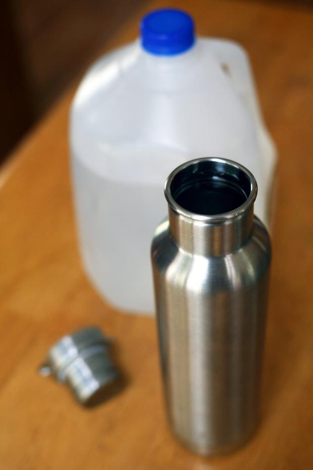 Điều gì sẽ xảy ra nếu bạn uống tới 4 lít nước mỗi ngày: nữ BTV người Mỹ đã thử nghiệm trong 3 tuần và nhận kết quả đáng kinh ngạc - Ảnh 6.