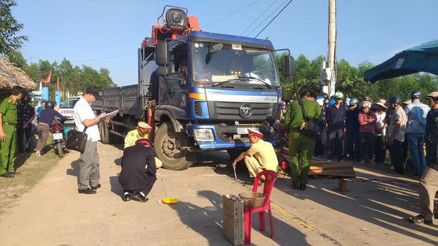 Thanh niên 23 tuổi bị xe tải tông chết thảm trên đường đi đón mẹ - Ảnh 2.