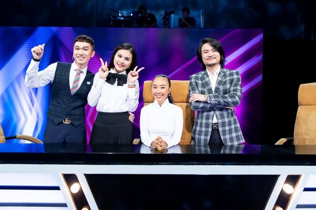 Đoan Trang ghẹo Vân Trang: Theo nghiệp ca hát là ca sĩ cũng mệt mỏi lắm đó em! - Ảnh 1.