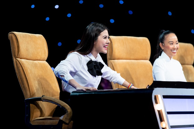 Đoan Trang ghẹo Vân Trang: Theo nghiệp ca hát là ca sĩ cũng mệt mỏi lắm đó em! - Ảnh 3.