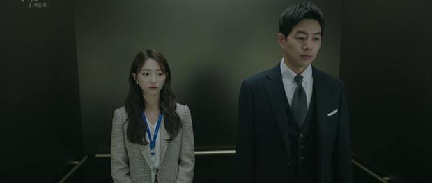 Vô lối ép Jang Nara li hôn chưa được bao lâu, tiểu tam lại khóc sưng mắt đòi bồ chia tay ở tập cuối Vị Khách Vip - Ảnh 2.