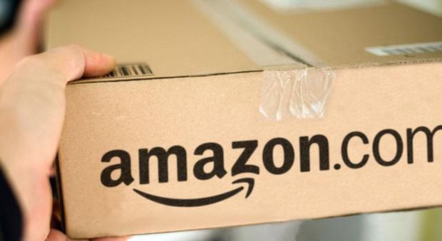 Amazon dùng trăm phương ngàn kế bảo vệ đế chế: Dựa vào vị thế bá chủ để o ép khách hàng, đủ chiêu thức chế tài nhằm ràng buộc sự trung thành - Ảnh 1.