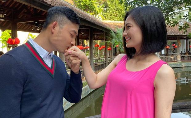 Lộ ảnh nhẫn cưới trong Hoa Hồng Trên Ngực Trái, Khang - San hay Bảo - Khuê chuẩn bị về chung nhà? - Ảnh 2.