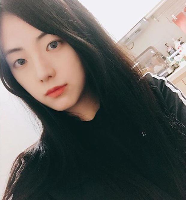 Chị gái Jisoo (BLACKPINK): Đã 30 tuổi, làm mẹ của hai nhóc tỳ mà vẫn trẻ trung như nữ sinh nhờ 3 tips làm đẹp - Ảnh 3.