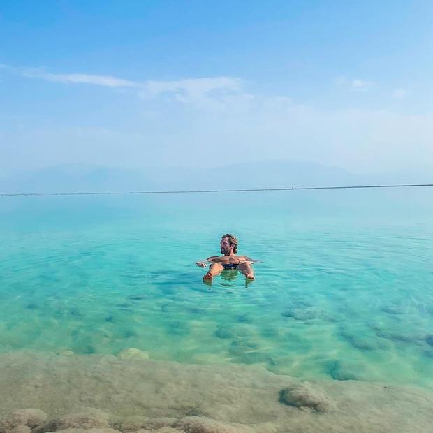 Hoá ra Biển Chết thực chất… không phải là biển, lại còn hút khách du lịch tìm đến check-in vì lý do độc nhất vô nhị này! - Ảnh 5.