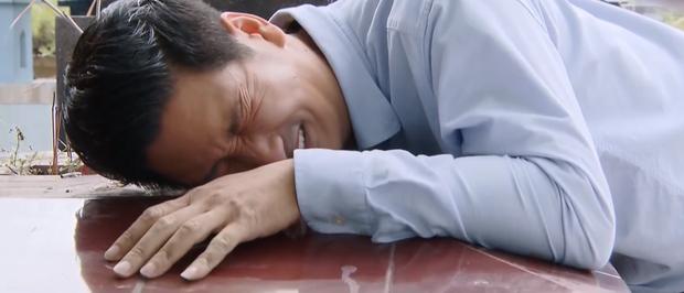 Hoa Hồng Trên Ngực Trái tập 41: Xin Khuê quay lại với mình một thời gian ngắn, Thái mỏ thần đang muốn gì vậy? - Ảnh 1.