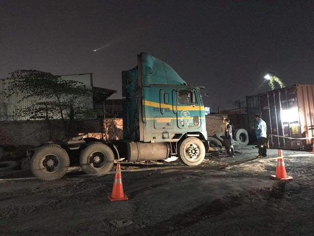 Nam tài xế tử vong bất thường trong cabin xe container ở bãi đậu xe - Ảnh 1.