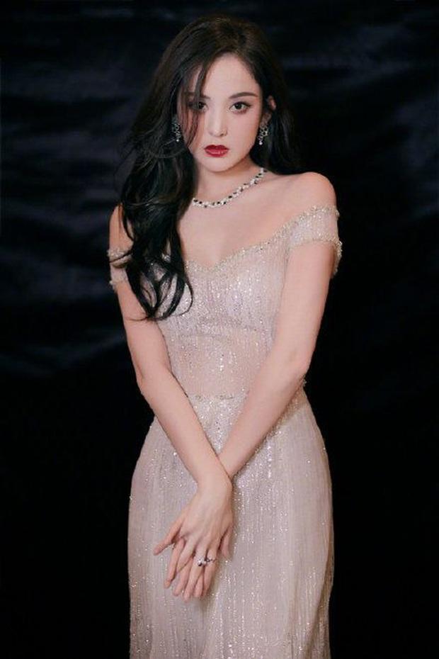 Nữ hoàng thảm đỏ 2019: Nghê Ni - Angela Baby so kè khốc liệt, Nhiệt Ba - Trịnh Sảng và nhân tố mới nhăm nhe ngôi vị - Ảnh 27.