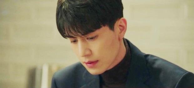 Hình ảnh nhan sắc Lee Dong Wook 18 tuổi và sau 2 thập kỷ gây bão mạng Việt hôm nay: Đúng là yêu tinh đời thực! - Ảnh 3.