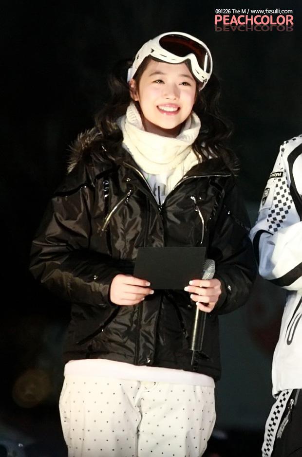 Nghẹn ngào hình ảnh ngày này 10 năm trước của Sulli: Nụ cười trong trẻo thuở mới debut giờ chỉ còn trong kí ức - Ảnh 4.