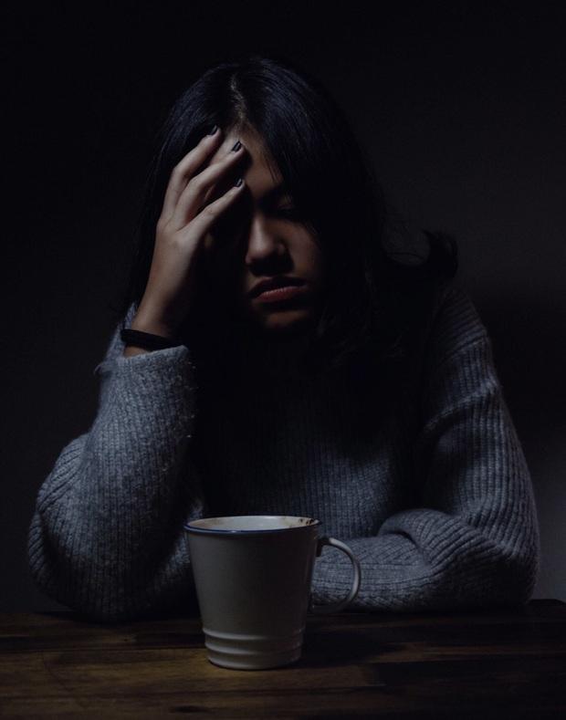 Confession gây bão mạng xã hội của bà chị gái: Em trai học Bách khoa, đến ngày ra trường bố mẹ mới biết... đã bị đuổi học! - Ảnh 2.