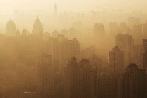 """Học sinh được nghỉ học khi không khí """"nguy hại"""": Những cách để nhận biết không khí ô nhiễm nặng nề - Ảnh 1."""