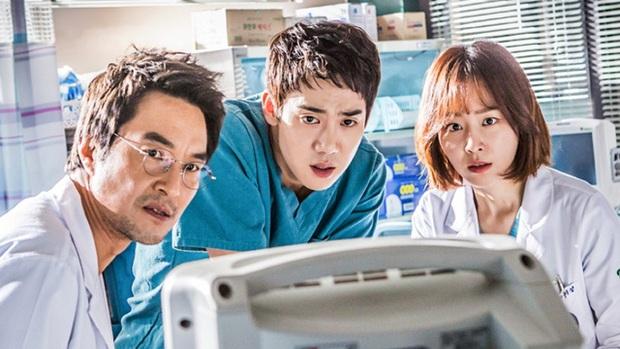 Hết Vị Khách Vip không sợ đói drama, Tiên Nữ Cử Tạ Lee Sung Kyung sắp se duyên với hot boy ăn bún bò Ahn Hyo Seop rồi nè - Ảnh 1.
