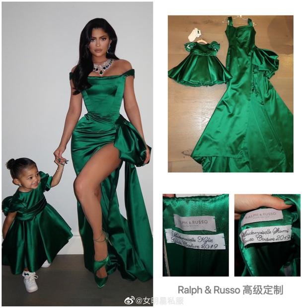 """Choáng váng khi cặp mẹ con hot nhất Hollywood nhận quà là cả lố túi Hermes bạc tỷ, có hẳn chiếc """"bạch tạng"""" từng khuấy đảo showbiz Việt - Ảnh 2."""