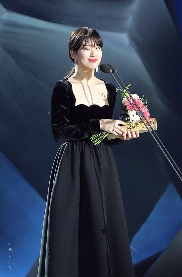 Đụng váy với Hwang Jung Eum: Suzy đẹp nhưng độ quý phái và nóng bỏng vẫn chưa là gì so với bà mẹ bỉm sữa  - Ảnh 7.