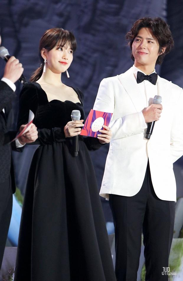 Đụng váy với Hwang Jung Eum: Suzy đẹp nhưng độ quý phái và nóng bỏng vẫn chưa là gì so với bà mẹ bỉm sữa  - Ảnh 8.
