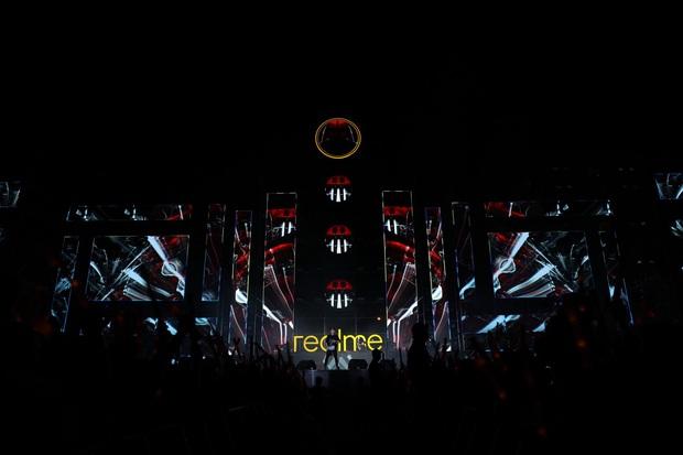 Dấu ấn Realme để lại trong năm 2019: ra mắt sản phẩm mới, xây dựng cộng đồng Realfan và tổ chức 2 đại nhạc hội hoành tráng - Ảnh 1.