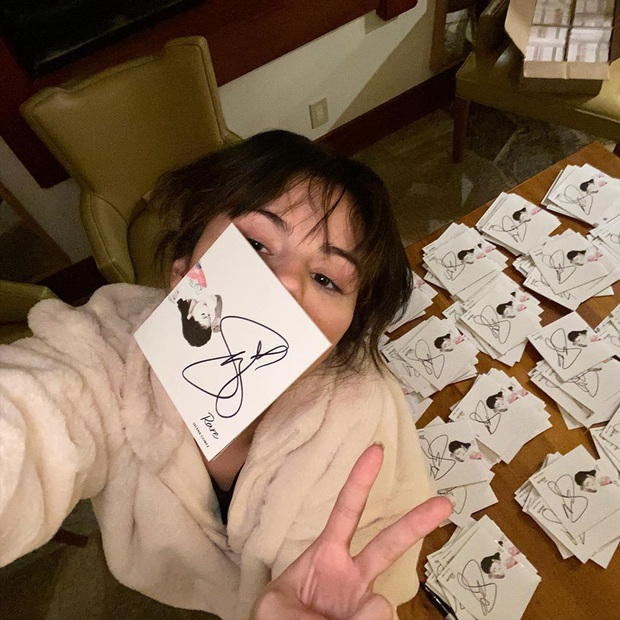 Đẳng cấp nhan sắc Selena Gomez: Đăng ảnh đời thường mà đẹp đến mức rinh ngay 5 triệu like - Ảnh 5.